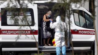 Русия регистрира около 463 000 смъртни случая над нормата в пандемията