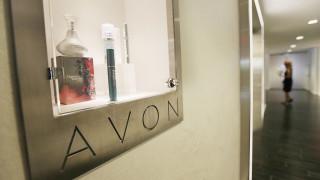 След натиск от инвеститори Avon ще си търси нов шеф
