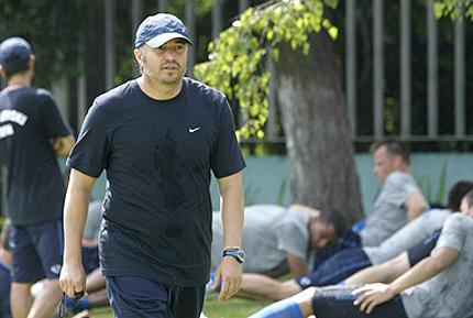 Левски без Петков и Тасевски срещу Лил