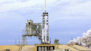 Ново отлагане на изстрелването на първия български сателит. Но този път...