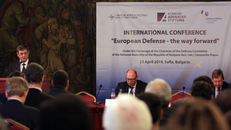 Снимка: Константин Попов настоява да се работи повече за общ отбранителен капацитет