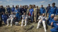 Американец, британец и руснак успешно се върнаха на Земята след 186 дни на МКС