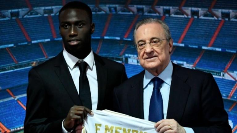 Президентът на Реал (Мадрид) Флорентино Перес представи поредния нов футболист