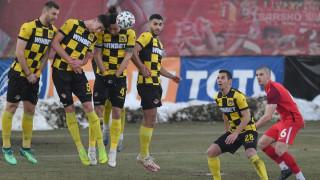 Ботев (Пловдив) ще излиза от кризата срещу ФК ЦСКА 1948