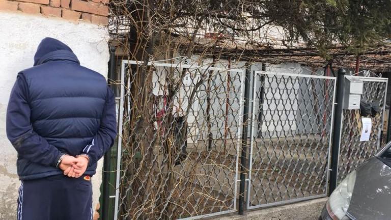 Осем души са арестувани в Дупница за наркоразпространение и наркопритежание,