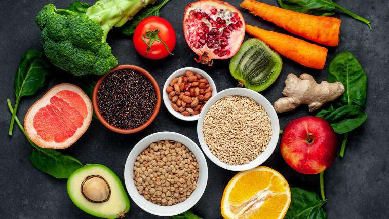 Три основни книги за това какво трябва да ядете и как да го приготвите