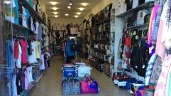 bf9a71f1189 Фалшиви дрехи и чанти за 4 млн. лв. иззеха полицаи