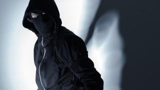 Арестуваха мъж, тарашил офиси на застрахователен брокер във Варна