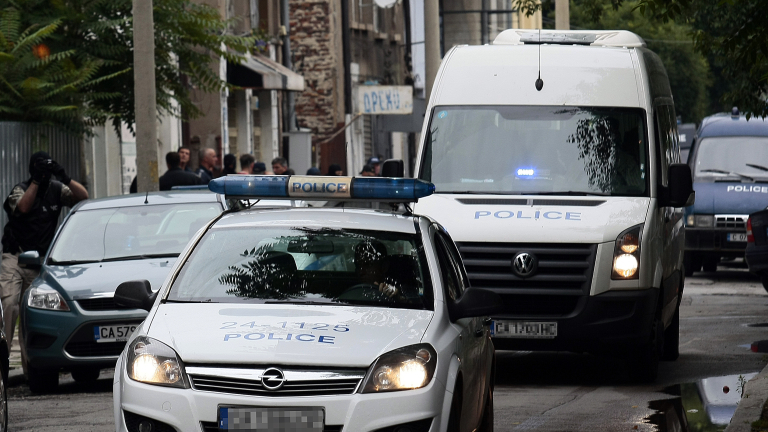 100 лева глоба за мъж, ругал полицаи във Варненско