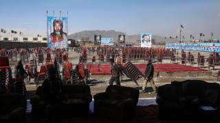 Трима загинали и 32 ранени при минометен обстрел на церемония в Кабул
