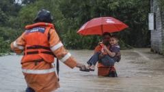 Наводненията в Малайзия принудиха 23 000 души да напуснат домовете си