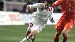Росицки под въпрос за мача с Германия