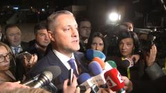 Не можем да позволим червен генерал да е начело на България, уверен Лукарски
