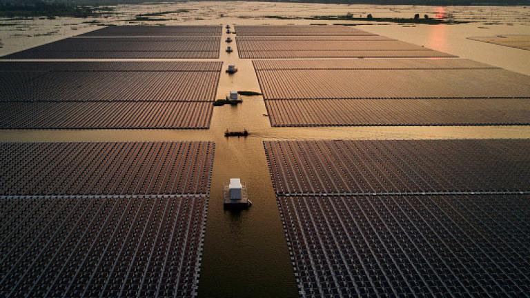 Корейци строят най-голямата плаваща ротационна соларна централа