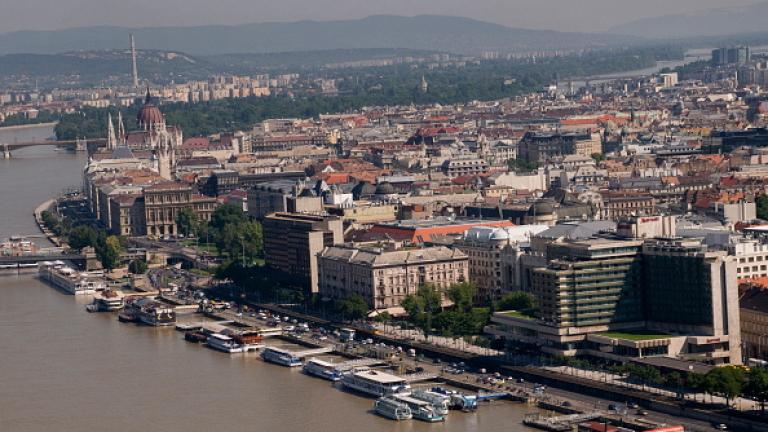 Орбан: От понеделник постепенно отменяме ограниченията в Будапеща