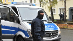 """Задържаха петима екстремисти от """"Ислямска държава"""" в Германия"""