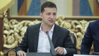 Зеленски и Путин обсъдиха успешната размяна на затворници по телефона