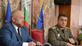 Военният университет в Търново ще обучава кадри за НКЖИ