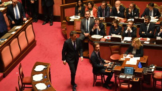 Ренци напуска Демократическата партия и създава нова фракция в Италия