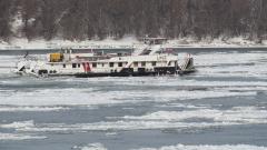 Ледоходът все още пречи на корабоплаването по Дунав