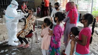 Индия с нов рекорд: Близо 96 000 новозаразени с COVID-19 за ден