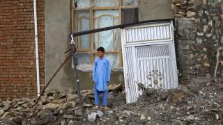 Най-малко 100 души загинах от внезапно наводнение в Афганистан