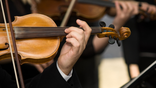 Филхармоници на протест срещу конкурсите в последния ден