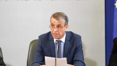 Проф. Костов: 12 000 на мача за Купата на България обезсилва мерките срещу Covid-19