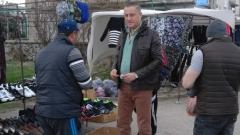 Бумащината и бюрокрацията пречат на бизнеса на хората, заключи Лукарски