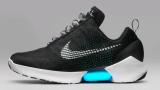 Nike пуска през ноември моделът маратонки, които се завръзват сами (ВИДЕО)