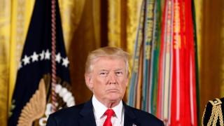 По-скъпи стоки, по-малко търговия, минус $470 милиарда: Цената на търговската война на Тръмп