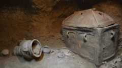 Минойска гробница откриха на Крит