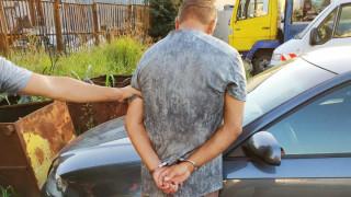 Задържаха сериен автокрадец след гонка във Варна