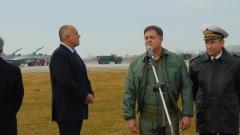 Министър Ненчев литна на МиГ-29 с полски двигатели