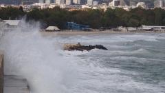 Морето край Созопол изхвърли тялото на жена