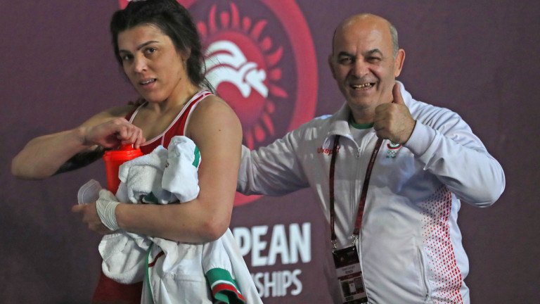 Мими Христова е на финал на Европейското първенство по борба!