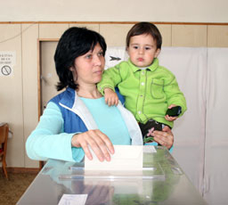 Насрочиха дело за касиране на кметския вот в София