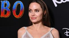 Има ли нова любов в живота на Анджелина Джоли