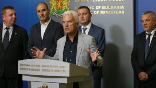 Сидеров би сменил всички министри, ако е Борисов