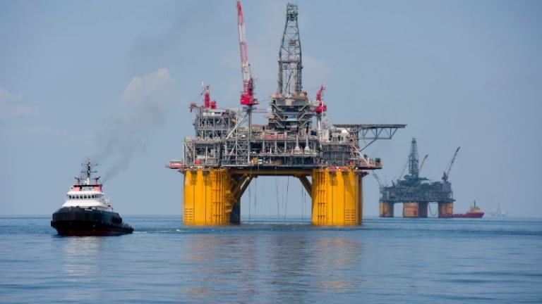 Стойността на активите на Shell могат да се сринат с до $22 млрд.