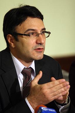 Скандалът АСТА разтресе България