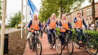 В Холандия откриха първата в света велоалея, създадена от рециклирана пластмаса