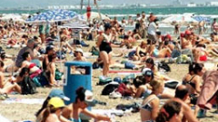 Премахват 168 заведения по плажа