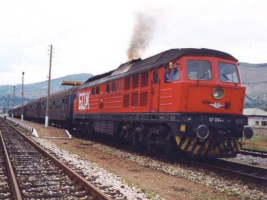 Проверяват за неизправност мотрисни влакове