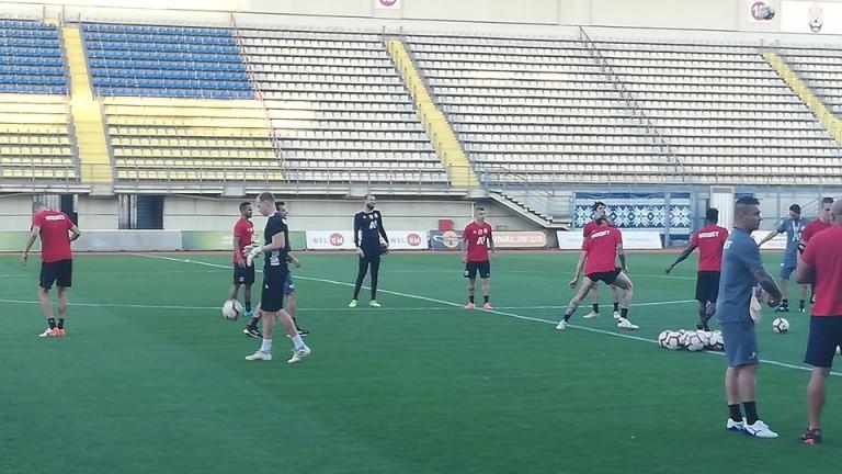 Футболистите на ЦСКА проведоха в отлично настроение последната си тренировка