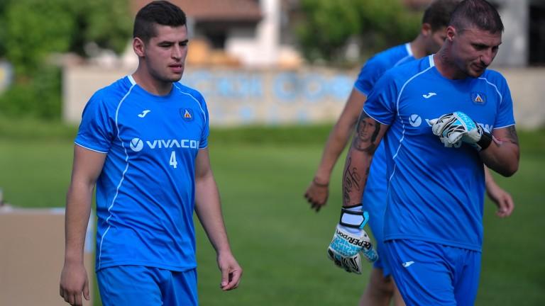 Левски обяви раздяла с още трима футболисти, Боян Йоргачевич остава... засега!