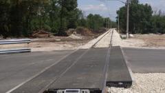НКЖИ изчистиха боклуците по жп линията във Факултета и пуснаха нов жп прелез