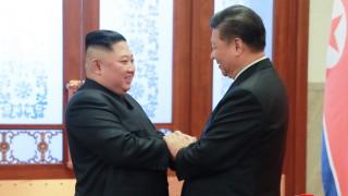 Първа визита на китайски президент в КНДР от 14 г.