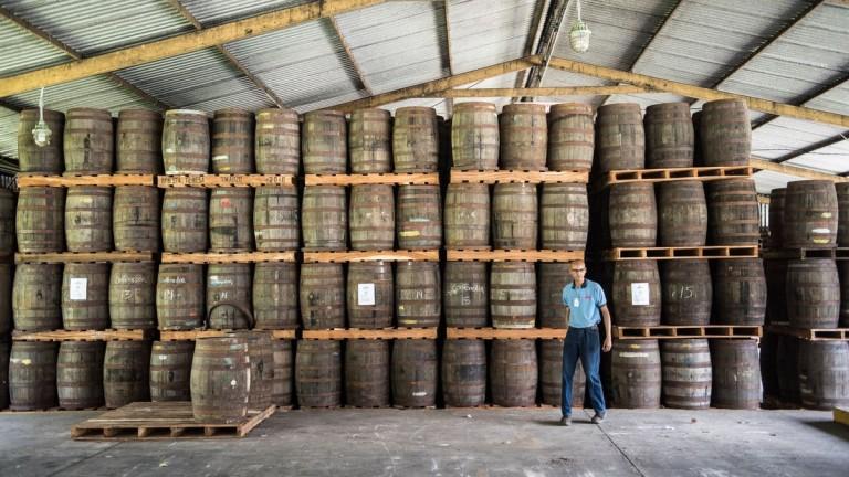 Венецуела се върна към рома, след като хиперинфланцията удари уискито
