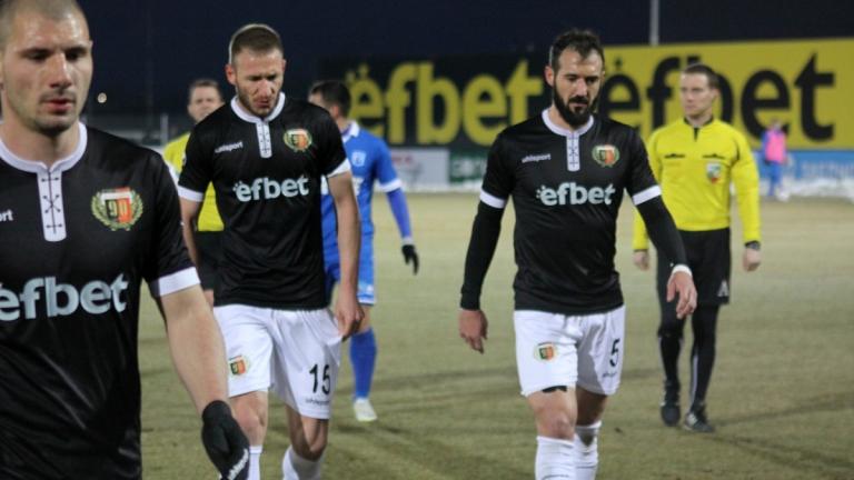 Нови проблеми в Локо преди мача с Левски
